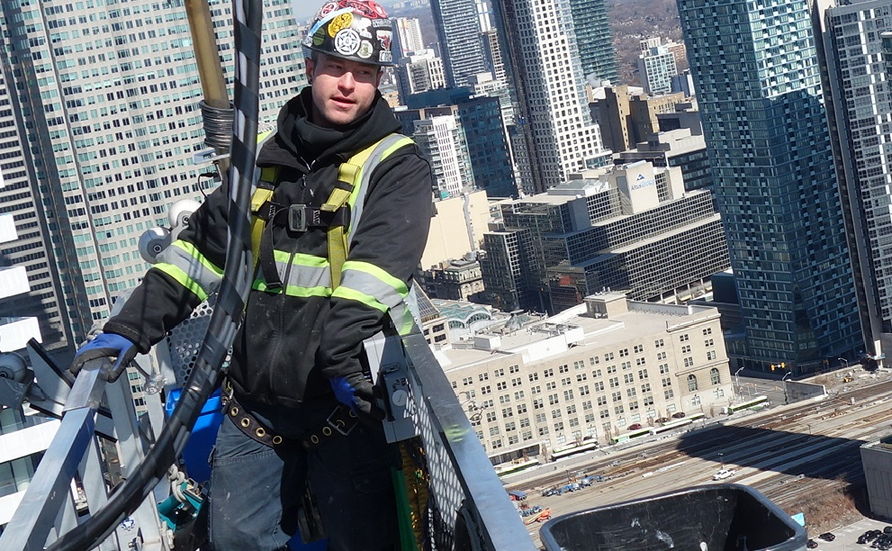 Chris glazier toronto swingstage worker window washer
