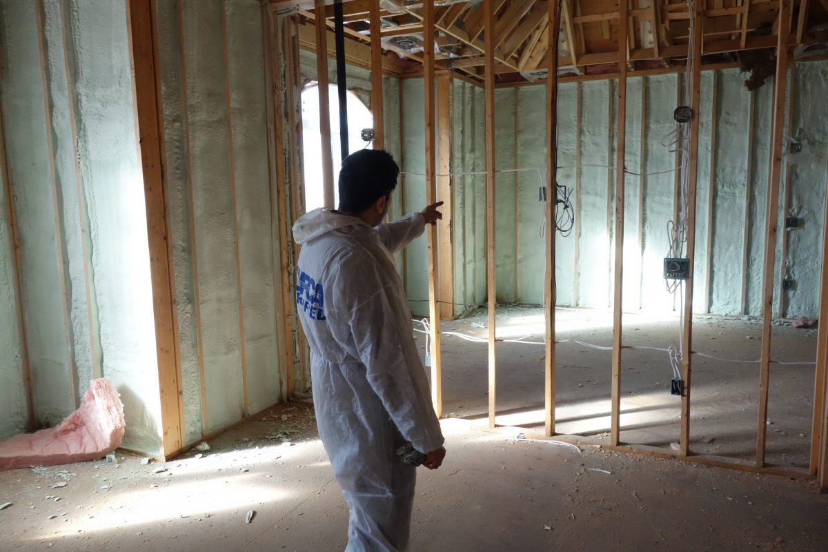 spray foam contractor counts square footage
