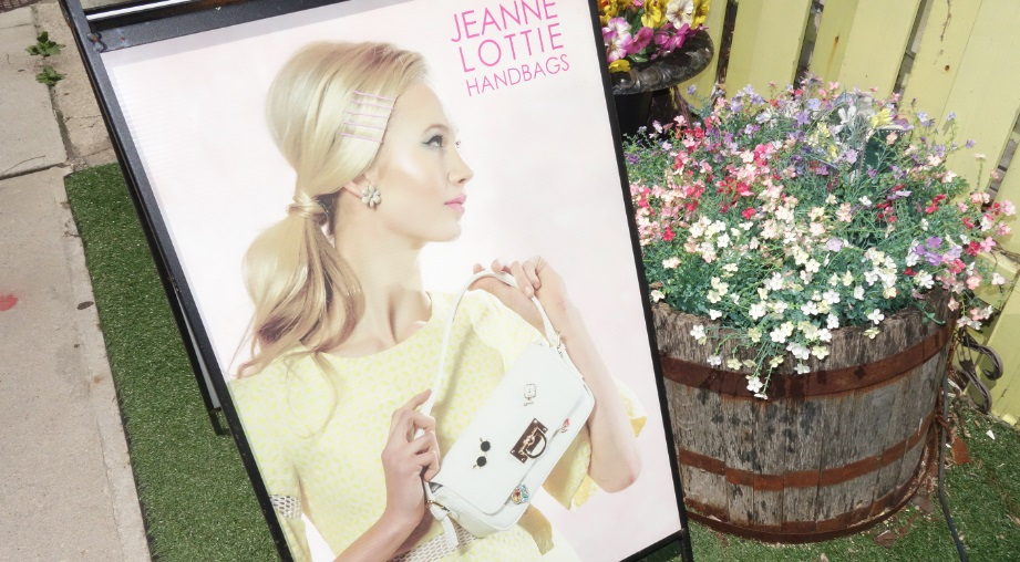 jeannie lottie handbags sign