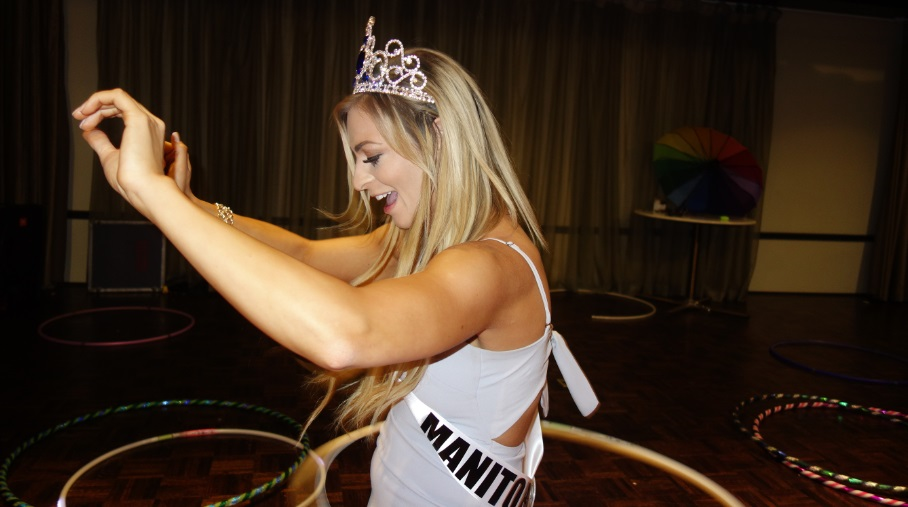 Spin starletts at Miss Worlld Canada