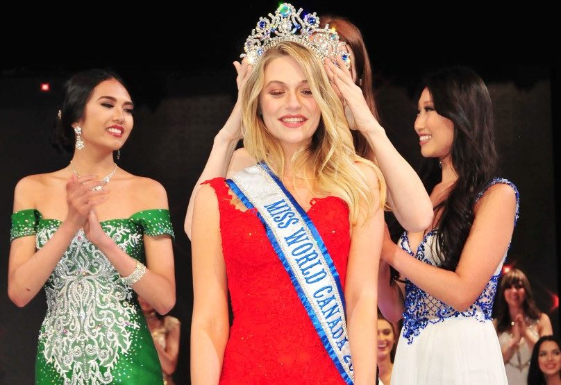 Cynthia Menard crowd Miss World Canada - Darren Lee photo