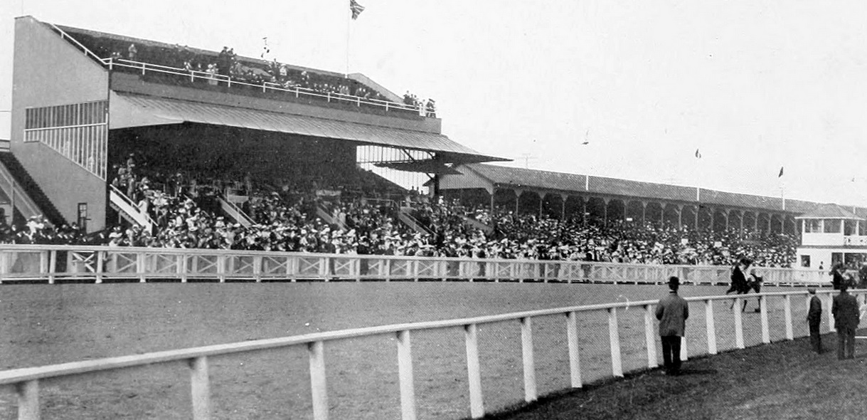 King's Plate 1907 at Greenwood Racetrack in Toronto - Archives